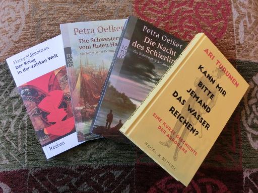 Reigen unrezensierter Bücher